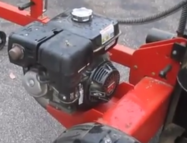 Gas Engine On A Log SPlitter